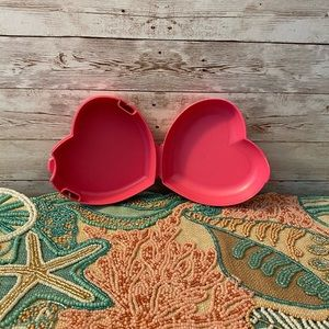 Tupperware Heart Snack Container